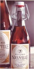 bouteilles huile de noix de l'Huilerie de Neuville